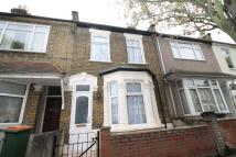3 bed Terraced property in Plaistow Underground...