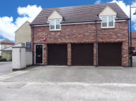 2 bed property in Dovedale, Swindon...
