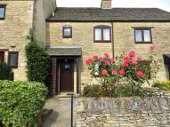 2 bedroom Terraced house in Sylvester Close, Burford...