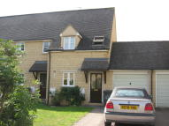 2 bed semi detached house to rent in Pembroke Place, Bampton...