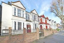 4 bed Flat for sale in Cavendish Road, London...