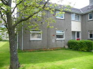 Ground Flat to rent in Semphill Gardens...