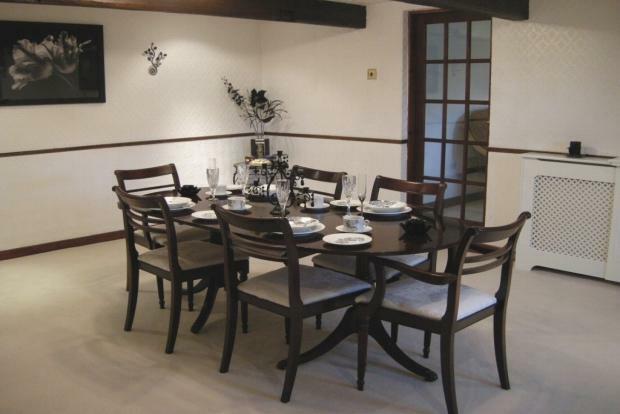Dining Room/2nd Reception