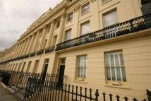 Flat to rent in Brunswick Terrace, Hove...