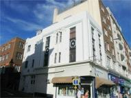 Flat to rent in Western Road, Brighton...