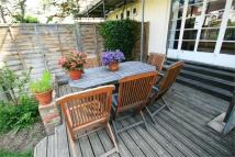 2 bed Flat to rent in Walsingham Road, Hove...