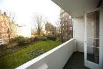 3 bed Flat in Furze Hill, Hove...