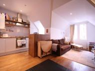 Highdown Road Flat to rent