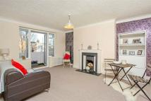 2 bed Flat to rent in Furze Hill, Hove...