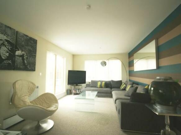 Lounge (4).jpg