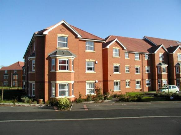2 bedroom apartment to rent in Hardy Court Worcester WR3