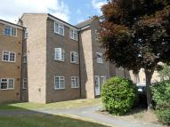 Flat in Mayford Close, Beckenham