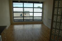 Apartment to rent in Foundry Lane, Ipswich...