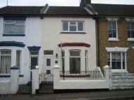 Jeyes Road Terraced house to rent