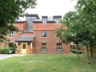 Flat for sale in Bolton Drive, Morden, SM4