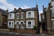 4 bed semi detached property in Albany Road