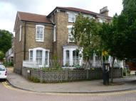 2 bedroom Flat to rent in Woburn Road