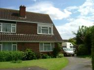 semi detached house to rent in Oakley