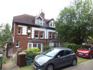 Linden Gardens Flat to rent