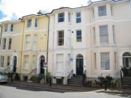 Flat to rent in York Road...