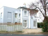 Suffolk Road Flat to rent