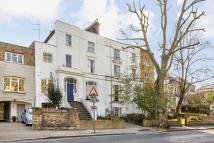 3 bedroom Flat in Hillmarton Road...