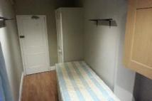 Studio flat to rent in Stanwick Road, London...