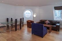 3 bedroom Penthouse to rent in Bondway, London, SW8