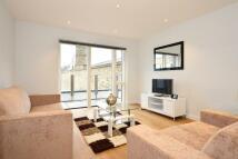 Apartment in 43 Heneage Street...