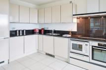 Studio flat to rent in 21 St. George Wharf...