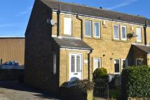Town House to rent in Westercroft Lane, Halifax