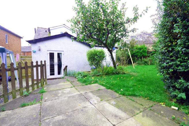 Back Garden (9).jpg