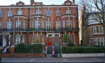 property to rent in Albert Bridge Road...