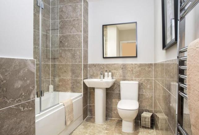 Oakwell Grange Show Home Bathroom