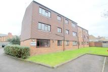 Flat to rent in Whitchurch Lane, Edgware...