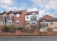 3 bed Town House in Merchants Wharf...