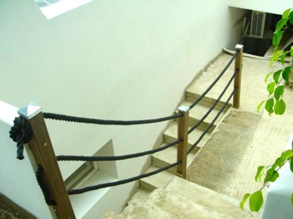 External steps to th