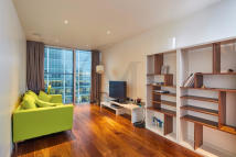 Apartment to rent in Ropemaker Street, London...
