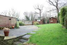 5 bedroom Detached house in Shenstone Close...