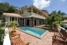 4 bed Villa for sale in Valley Church