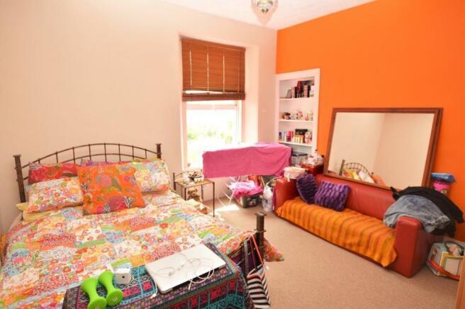 GF Bedroom / Livi...