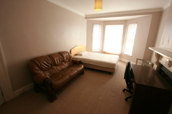 FF Rear Bedroom