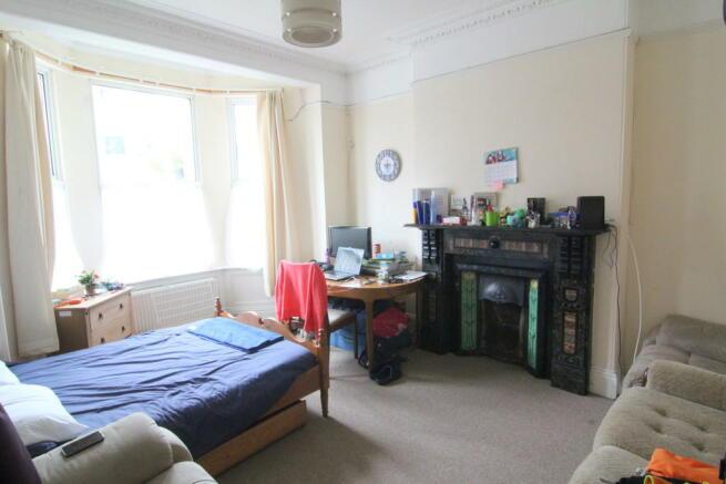 Front Bedroom GF