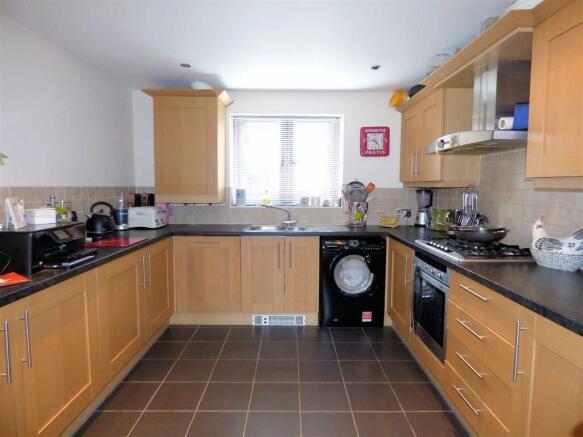 Kitchen (Pic)