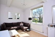 Flat to rent in Langley Road, Surbiton...