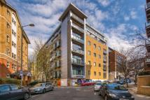 Flat for sale in Scarbrook Road, Croydon...