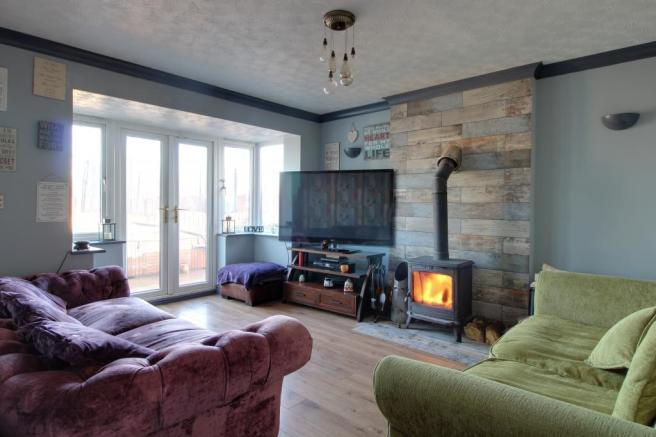 5 Bedroom Detached House For Sale In Lancelot Court South Elmsall