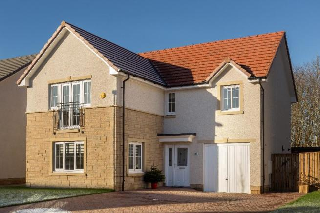 4 bedroom detached house for sale in laymoor avenue for Max garage calais