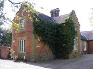 property to rent in The Old School House, Holmes Chapel