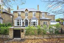 5 bedroom Detached home for sale in The Butts, Brentford...